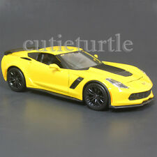 Maisto 2015 Chevrolet Corvette Stingray C7 Z06 1:24 Diecast Model 31133 Yellow