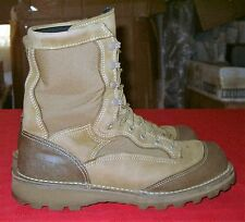 US Military USMC Desert RAT Combat Boots Men's size 9 R with Gortex lining