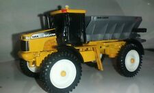 1/64 ERTL FARM TOY CUSTOM AGCO RO GATOR 1254 FLOATER W/ NEW LEADER DRY SPREADER