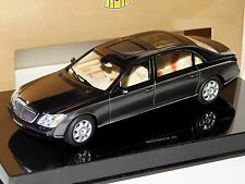 MAYBACH 62 METALLIC DARK GREY GATEWAY ( AUTOART ) B66961969   1:43