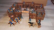playmobil 3420 western fort with many soldiers