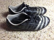 Adidas Black Classic  Soccer Shoes Boys Size 2 Youth. Ked