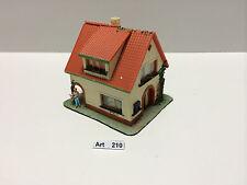 Faller Nr. 200, H0 Wohnhaus aus den 60/70er Jahren, mit Preiser Figur 1:87