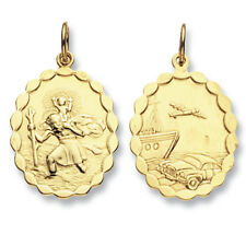 Solid 9 Carat Yellow Gold St Christopher Pendant Scallop Edge 20 x 22mm