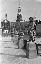 Dresden-Zwinger-skulptur-schloss-architektur-Land-Leute-1940 er jahre-2.WK--8