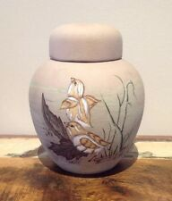 HOLLAND MOLD HANDPAINTED POTTERY VASE URN POT by Noreen