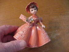 "Vintage Lefton No. 4227 Ceramic ""Girl with Bouquet"" 5 inch Figurine, Peach"