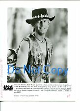 Paul Hogan Crocodile Dundee II Original Press Stilll Movie Glossy Photo