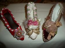 3 PIECE LOT VICTORIAN  STYLE SHOE TREE ORNAMENTS IN BURGUNDY RED AND IVORY COLOR