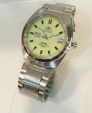 ORIENT 3 Star Automatic Mens watch Silver tone Luminous Dial Date/ Day 50m NEW