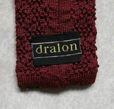 DRALON RED WINE FLAT END KNITTED CROCHET VINTAGE MOD TIE 1970'S RETRO 5CM END