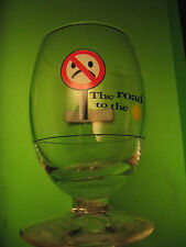 "SUPERBE VERRE RICARD "" THE ROAD TO THE ""  CODE DE LA ROUTE"