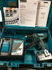 MAKITA XPH012 18V LXT Lithium-Ion 1/2 in. Cordless Hammer Driver/Drill Kit NEW