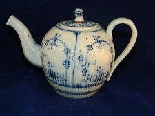 Antique 18th c German Wallendorf miniature porcelain tea pot Strawflower pattern