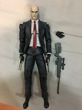 PLAY ARTS KAI HITMAN ABSOLUTION AGENT 47 FIGURE AUTHENTIC