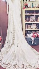 TRADITIONAL WHITE WEDDING DRESS WITH 4' TRAIN