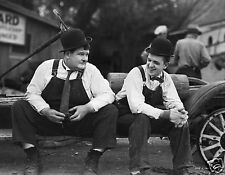 LAUREL AND HARDY PHOTO 05