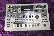used ROLAND MC505 MUSIC SAMPLER mc-505 Groovebox Worldwide Shipping! 160824