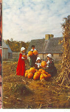 PLYMOUTH,MASSACHUSETTS-PLIMOTH PLANTATION-CHILDREN IN COSTUME(MASS-P*)