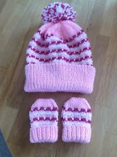 Hand knitted hat & mittens set. To fit 12-18 Months