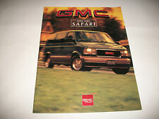 1996 GMC SAFARI VANS SALES BROCHURE  CDN MARKET ISSUE CLEAN
