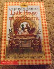 Little Town on the Prairie by Laura Ingalls Wilder / Garth Williams (1994)