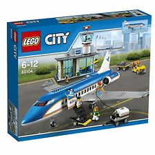 LEGO 60104 City Airport Passenger Terminal Construction Set