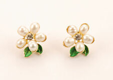 Con Mi Go London E110200 very pretty flower pearl and green leaf stud earrings