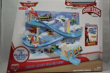 DISNEY CARS PLANES MICRO DRIFTERS WALL RACE TRACK SET DUSTY CROPHOPPER NEW