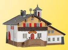 Kibri 39214 Feuerwehr mit Dorfgemeinschaftshaus, Bausatz, H0