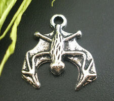 10 Silver Metal FLYING BAT CHARMS or Pendants for Halloween chs0645