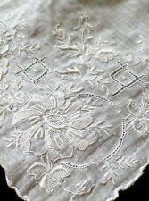 FANTASTIC Vintage MADEIRA EMBROIDERED Linen Hanky Wedding Hand Embroidered