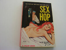 SEX HOP  1963  DON WELLMAN  SUMPTUOUS REDHEAD MEGA BUSTY COVER   NEAR FINE