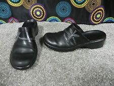 Clarks Black Leather Fashion Comfort Slip On Mules/Clogs w/Stitched Design, 6.5