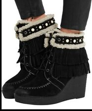 $150 SAM EDELMAN Kemper Size 10M faux shearling-lined fringed suede wedge boots