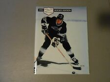 1991 HOCKEY SPORTS EDUCATIONAL BOOKLET WITH RARE CARDS,GRETZKY COVER,HULL,NHL