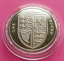 2010  ROYAL MINT ROYAL SHIELD  £1 ONE POUND  BRILLIANT UNCIRCULATED COIN