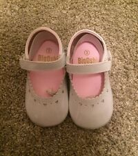 Big Oshi Baby Girl White Shiny Mary Jane Style Dress Shoes Size 3