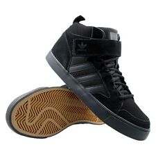 NIB Men's adidas Originals Varial 2.0 Mid Skateboarding Shoes Black 7 D68653