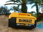 (1) New GENUINE Dewalt 20V DCB204 4.0 AH MAX XR Battery For Drill Saw 20 Volt