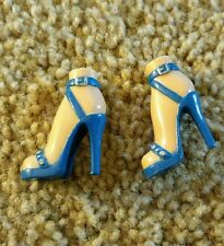 "BRATZ GIRLZ SHOES LOT 10"" DOLL GIRLS one PAIR HIGH HEELS"