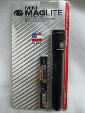 Maglite Mini AA Flashlight US Coast Guard USCG Old Stock Black M2A016 EB740903