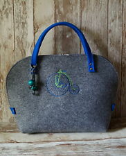 Felt Bag*Handbag are handcrafted and the design of one of the artist* EU PRODUCT