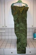 NEW EXTREME COLD WEATHER IMPERMEABLE MILITARY PANTS MENS MEDIUM 31-34