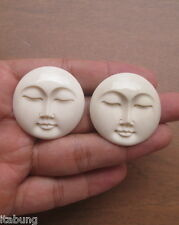 35 mm Moon Face (Natural Color) Bone Carving With Hole in The Back Side 04020216