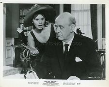 SOPHIA LOREN ALASTAIR SIM THE MILLIONAIRESS 1960 VINTAGE PHOTO ORIGINAL #16