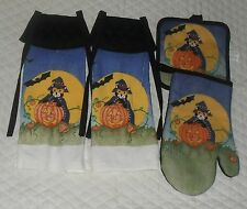 Set of 4 Cat & Pumpkin Halloween Design Hanging Towel with Black Quilted Tie Top