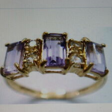 BEAUTIFUL 9CT SOLID YELLOW GOLD AMETHYST AND WHITE TOPAZ RING SIZE O IN GIFT BOX