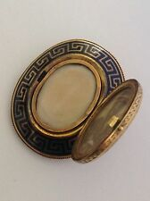 Finest Quality Victorian 15ct Gold Black Enamel Mourning Hinged Locket Brooch