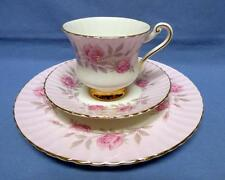 PARAGON BY APP TO H.M.THE QUEEN TRIO PLATE CUP SAUCER FINE BONE CHINA REGd ENGL.
